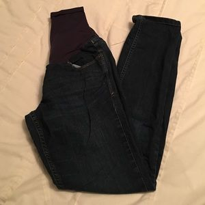 Maternity Skinny jeans.