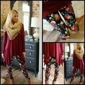 Infinity Raine Pants - Floral Print Plus Size Leggings