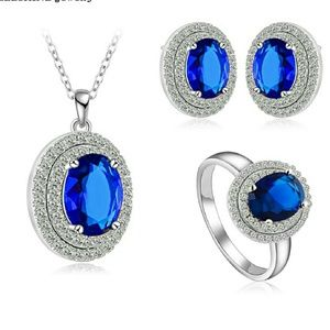 Jewelry - Beautiful 3 pieces set. Necklace, earing and ring