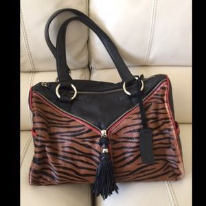 Aqua Madonna Handbags - ! Aqua Madonna elegant tiger print shoulder bag😍