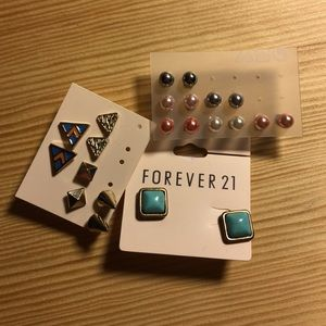 Forever 21 Jewelry - Bundle of multiple pairs of BRAND NEW Earrings!