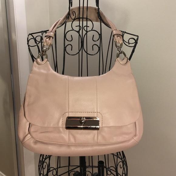 4e2433b98 clearance coach pale pink handbag 65dd0 e9ac2