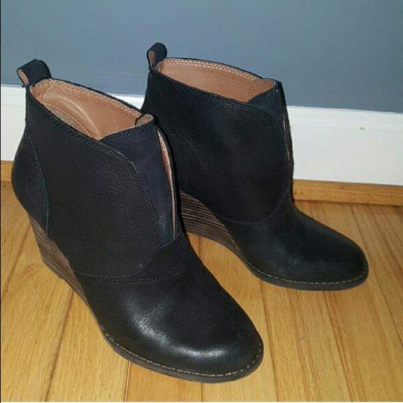 3b20b454d8b Lucky Brand Ehllen Ankle Booties Sz 8.5
