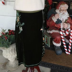 Johnny Was Dresses & Skirts - Johnny Was emerald green velvet skirt