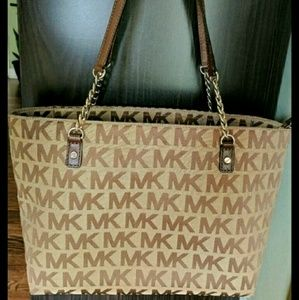 Michael Kors Handbags - Michael kors cream