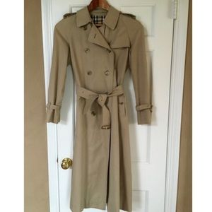 NOT FOR SALE Authentic Vintage Burberrys  Trench