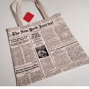 kate spade Handbags - NWT Late Spade Tote LARGE
