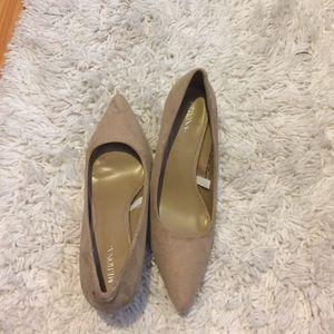 Nude pointed toe kitten heels