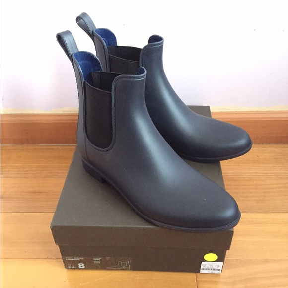 release info on latest selection of 2019 various design NEW J. Crew Navy Matte Chelsea Rainboots NWT