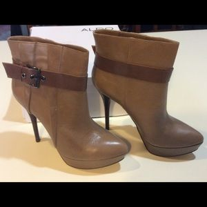 "Aldo Shoes - ALDO ""Corker"" Ankle Boot - Fits 9.5/10"