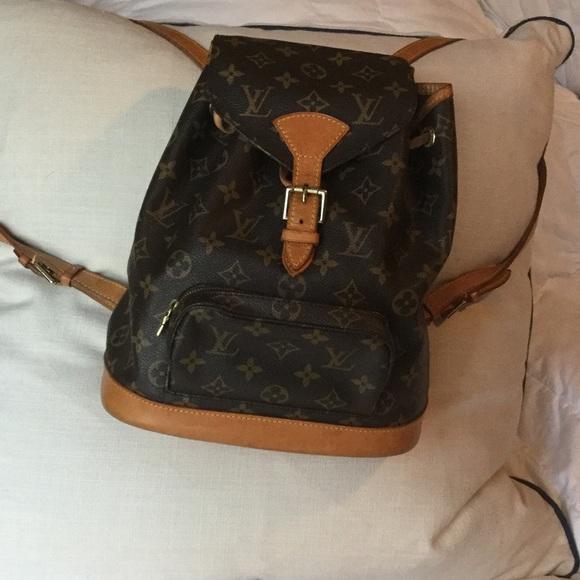 e64ae034ee55 Louis Vuitton Handbags - Louis Vuitton Montsouris MM backpack
