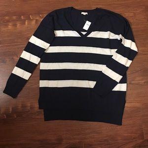 Gap navy and cream striped sweater