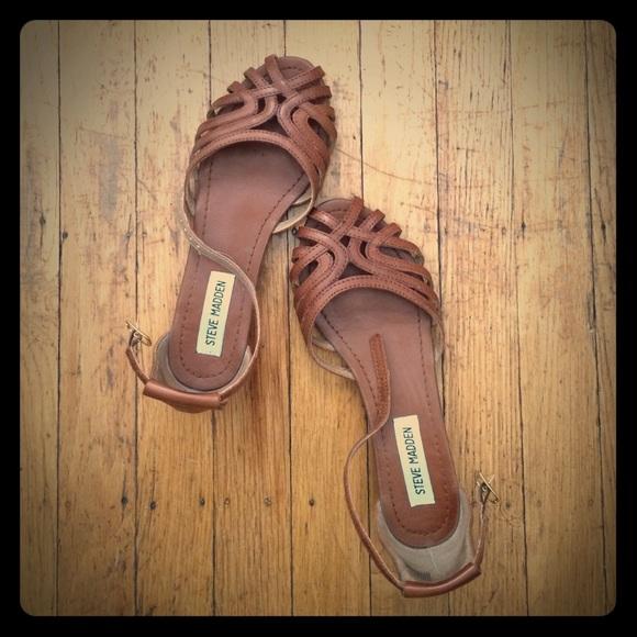ad8155b00cc Cute, comfy Steve Madden Scoorpin sandals 👡