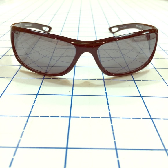 4cb8748498ddc NWOT Pugs Gear Sunglasses. M 58430c0241b4e0b13a035a35