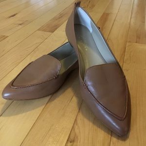 Lord and Taylor Leather Flats