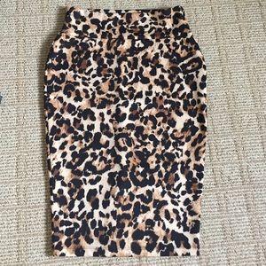 thalia sodi Dresses & Skirts - Thalia Sodi leopard print scuba pencil skirt