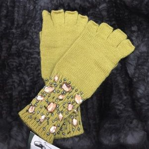 San Diego Hat Company  Accessories - ✨SALE✨SDH Co. Jeweled Fingerless Gloves