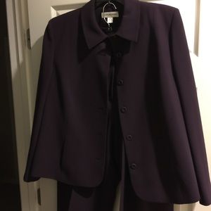 August Max Other - August Max woman suit. Purple size 14/16
