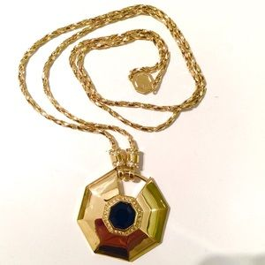 Louise er Cie pendant goldtonelong necklace