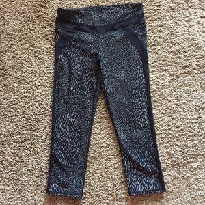 Fabletics Capri leggings