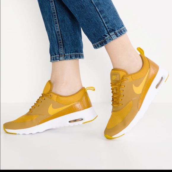Nike Air Max Thea Sneakers NWT