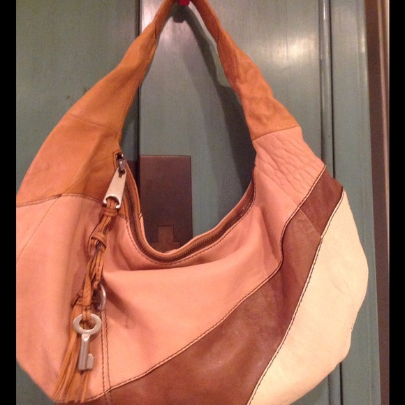 258fb1a079 Fossil Handbags - Fossil
