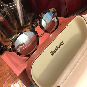 "Illesteva Accessories - Illesteva ""Leonard"" Sunglasses"