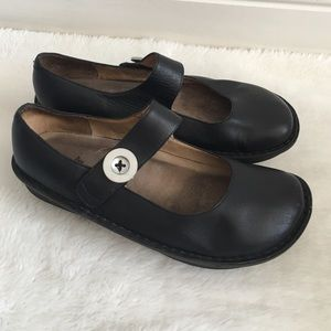 Alegria Shoes - Alegria Black Leather Clogs size 41