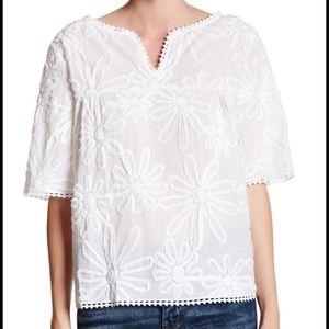 BB Dakota Tops - Floral blouse