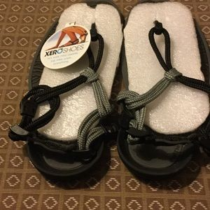 Xero shoes brand new