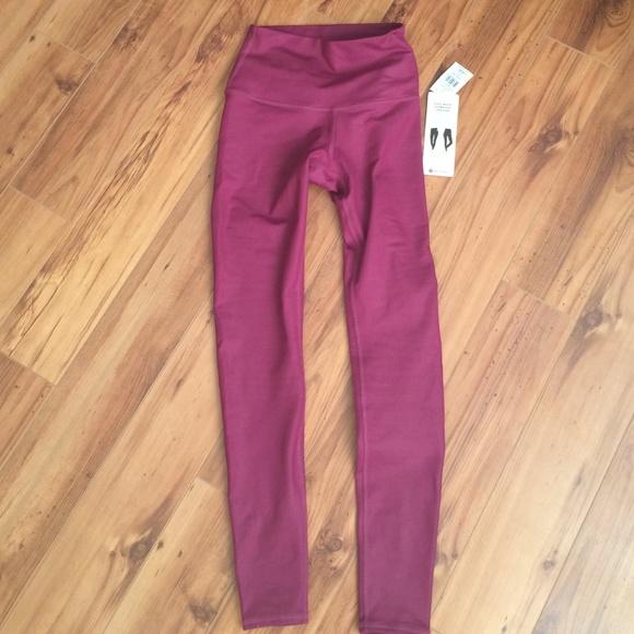 36% off ALO Yoga Pants - Brand new Alo Yoga high waist airbrush ...