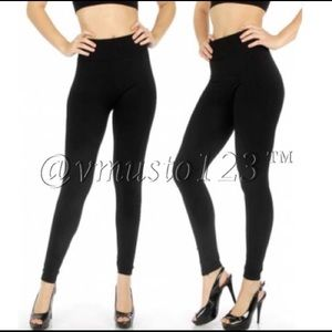 PLUS FLEECE Solid Black Legging