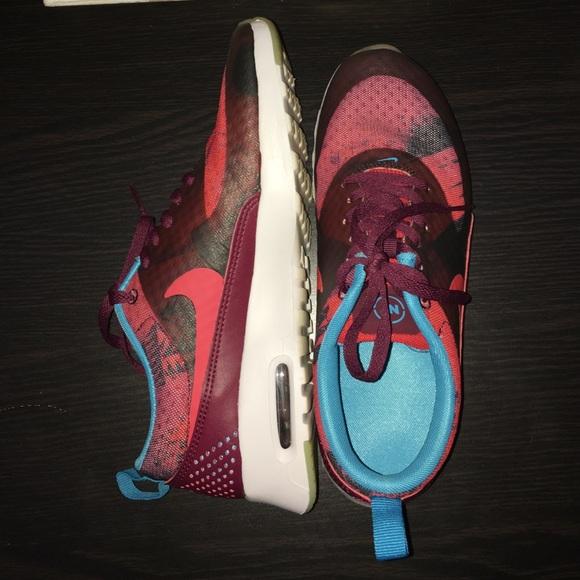 064a81ef4b5d Nike Air Max Thea Print N7 Women s Limited Release.  M 5843624a7f0a057a800479a6