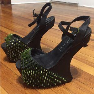Sz 8 Jeffrey Campbell heel less shoe!!