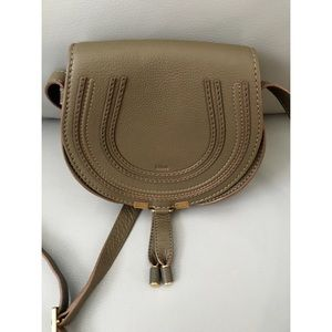 Chloe Handbags - 🎉HOST PICK🎉AUTHENTIC CHLOE MARCIE LEATHER PURSE