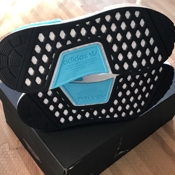Adidas Nmd R1 Tamaño De Las Mujeres 6 QDhg7Cixu