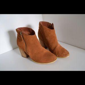Ecote Shoes - Gorgeous ecòte ankle boots!