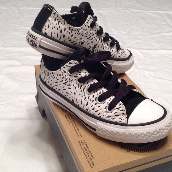 Converse Other - New Girls black and white Converse size 11 443dce439