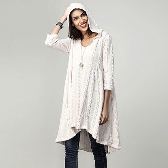 2ceb40d6444 NWT Cream Hooded Cable Knit Tunic