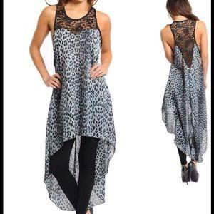 Dresses & Skirts - Blue Animal print Dress