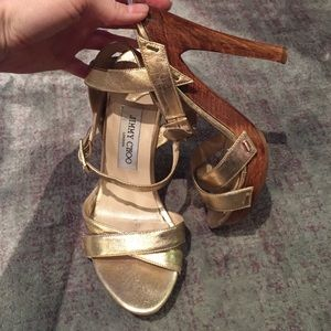 AUTH Jimmy choo gold and wood sandal heels 6