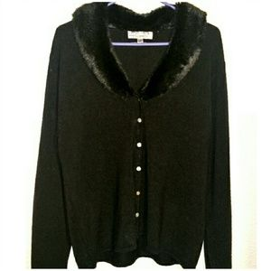 Carolyn Taylor Sweaters - Faux Fur Collar Sweater