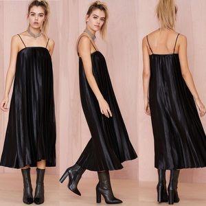 Shape Shifter Pleated Dress