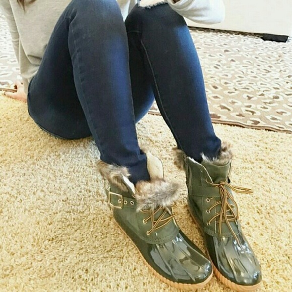 Shoes | Olive Green Fur Duck Boot