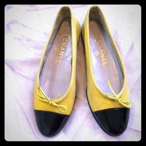 CHANEL yellow and black cap toe ballerina flats!