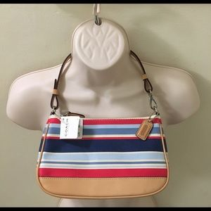 Coach Handbags - NWT Coach super cute & rare bag!!