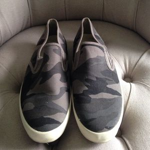 SeaVees Other - Seavees gray camo slip-ons size 9 men's