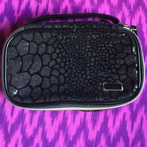 Lovely Black Sequin Stephanie Johnson Case!!