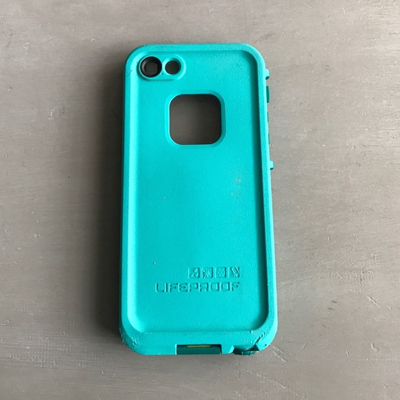 cheap lifeproof cases for iphone 5s 75 lifeproof accessories teal iphone 5 5s lifeproof 18346