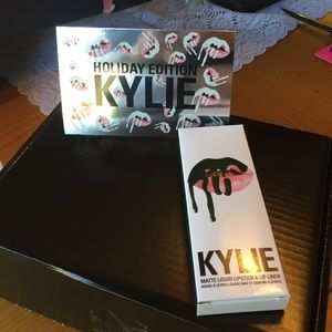 Kylie Cosmetics Other - 💋KYLIE TRICK PRiCE DROP lip kit  💋 fierce pretty